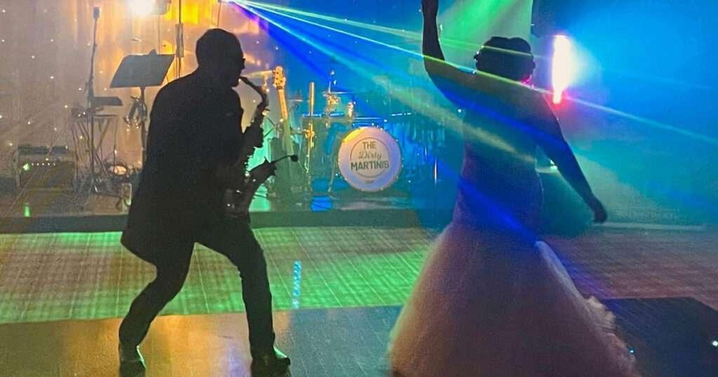 Wedding band with saxophone 2021